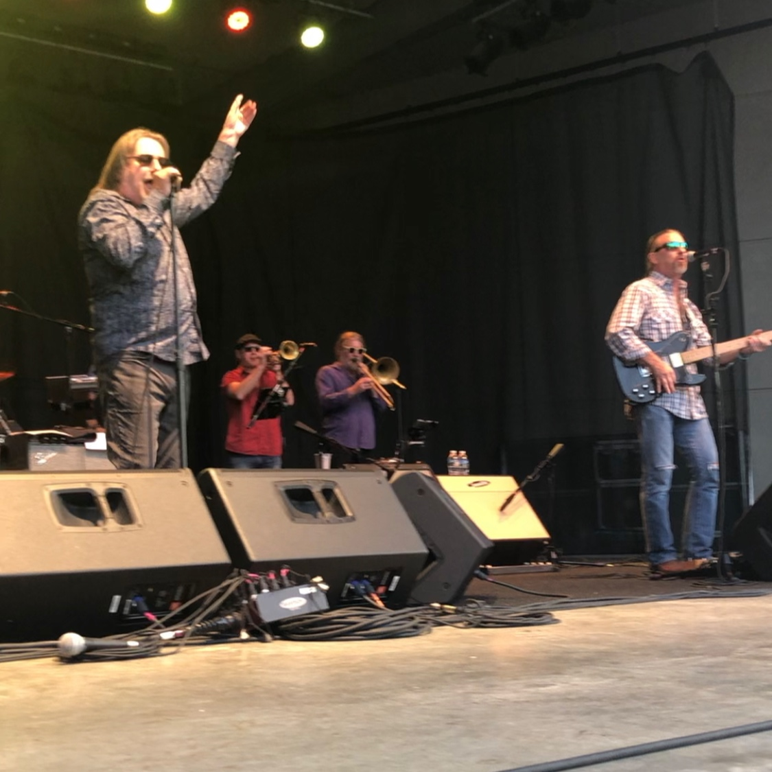Southside Johnny fires up the crowd.